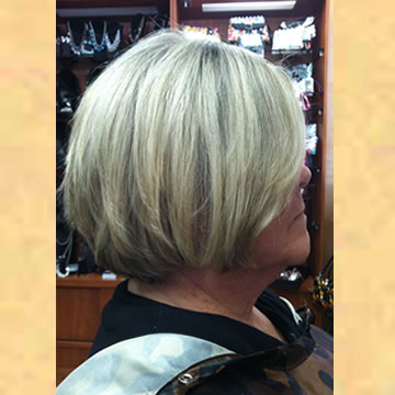 Blonde Bob with Highlights